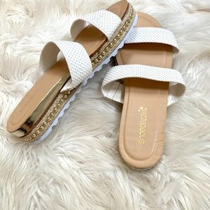 Sandals with double strap never worn